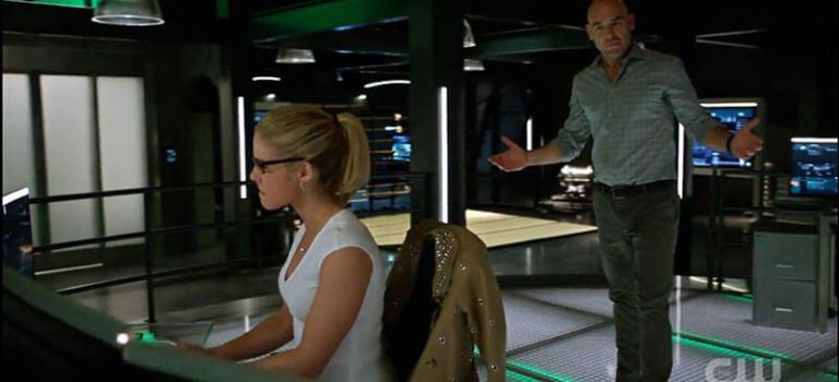 Oglądaj Arrow S05E03 online