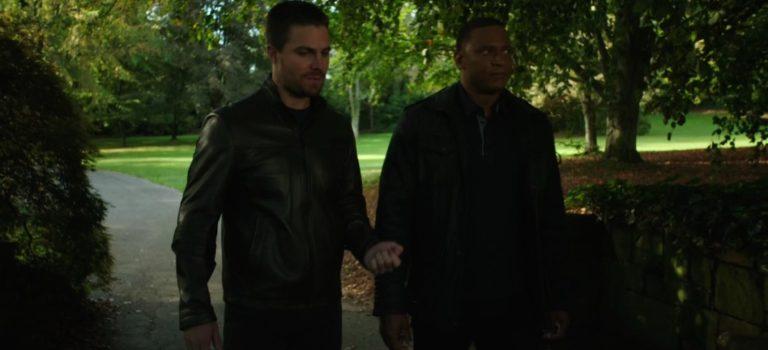 Oglądaj 8. odcinek serialu Arrow!